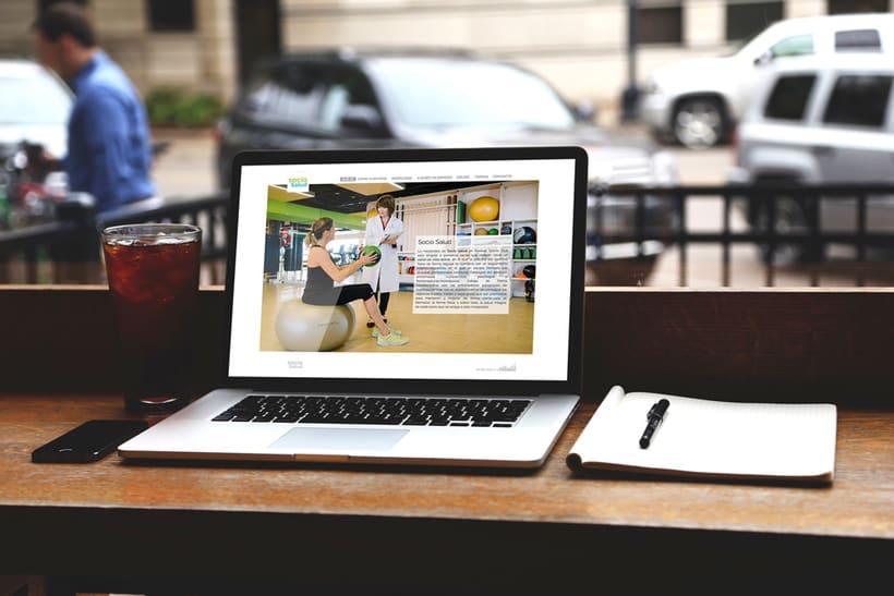 WEB SOCIO SALUD -  Realización de web corporativa responsive 0