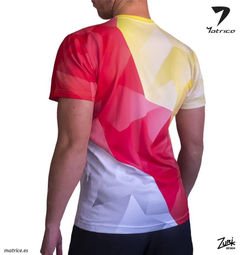 MATRICE: Diseño de camiseta y publicidad 3
