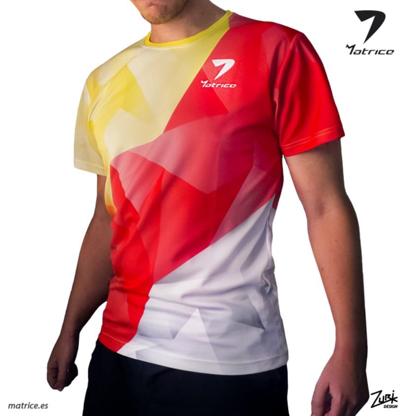 MATRICE: Diseño de camiseta y publicidad 1