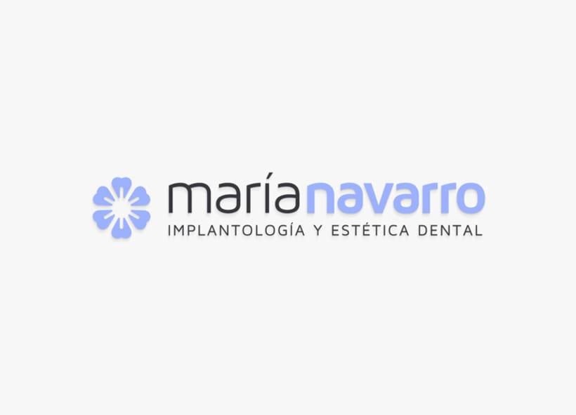 Nuevo proyectoDiseño de logotipo para una clínica sevillana especializada en la implantología y la estética dental: Implantes, prótesis y regeneración de encías. 2