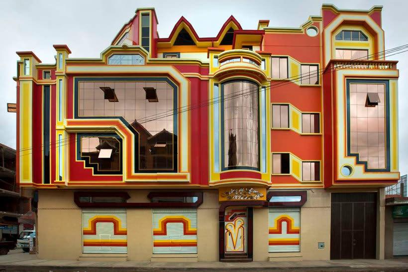 Freddy Mamani es el rey de la arquitectura andina 4