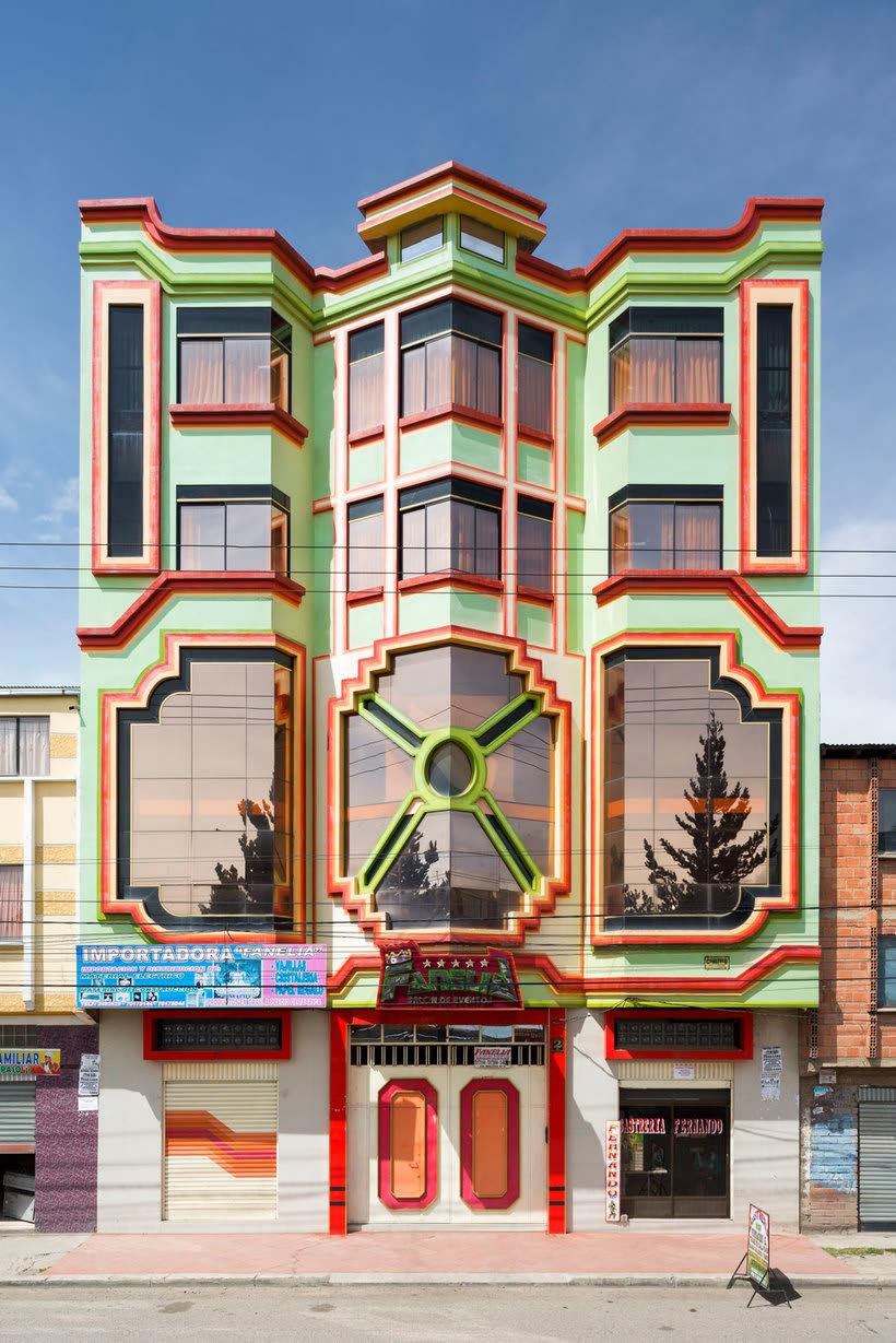 Freddy Mamani es el rey de la arquitectura andina 2