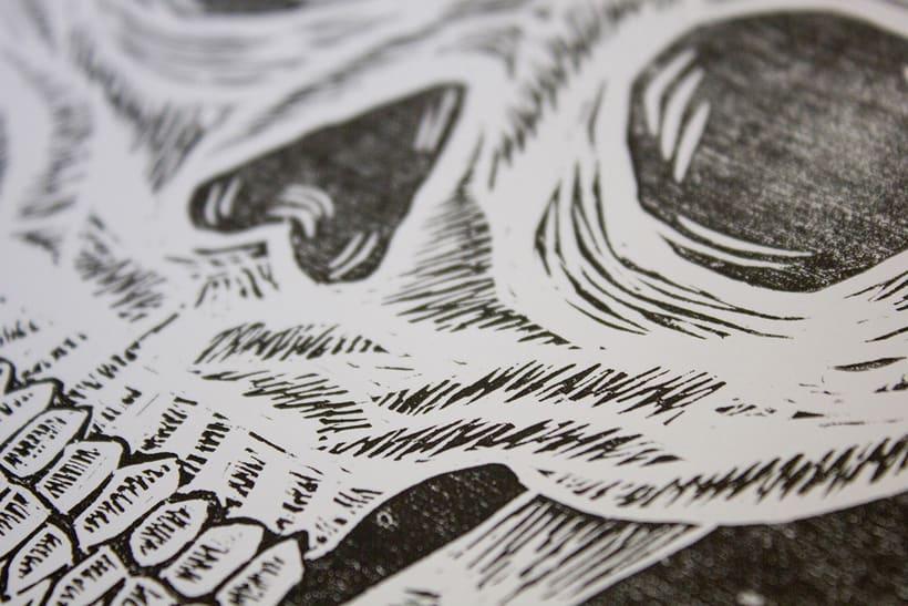Skull engraved 8