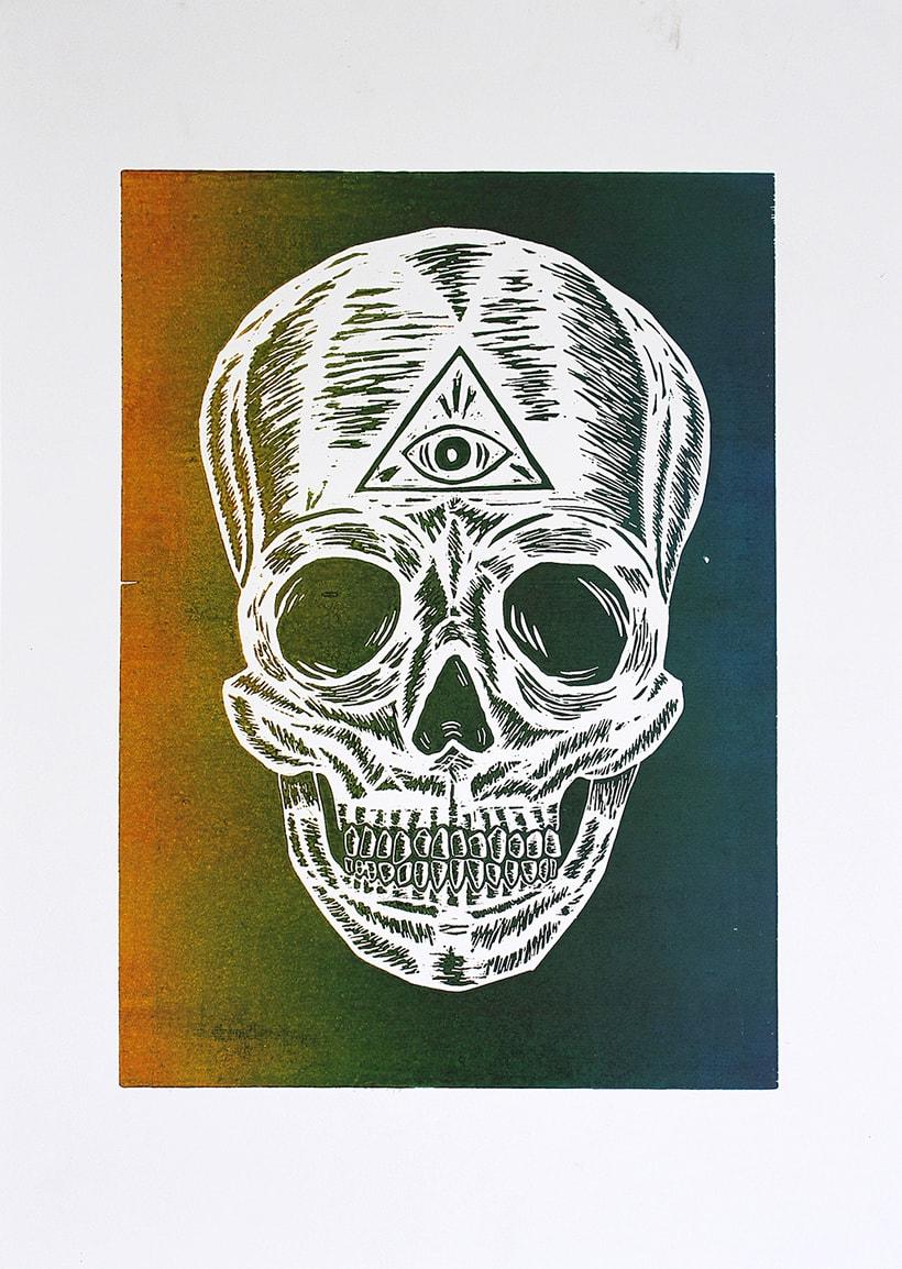 Skull engraved 4