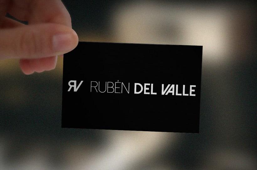 """Diseño de imagotipo """"Rubén del Valle"""" 2"""