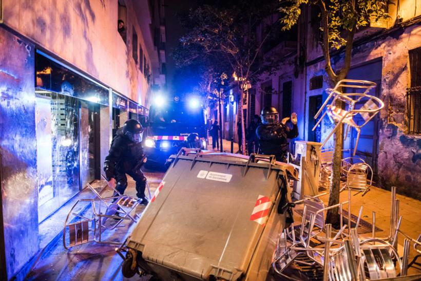 Disturbios en el barrio de Gràcia, Barcelona 5