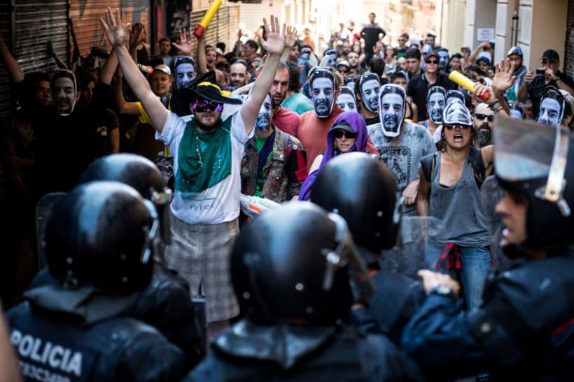 Disturbios en el barrio de Gràcia, Barcelona 8
