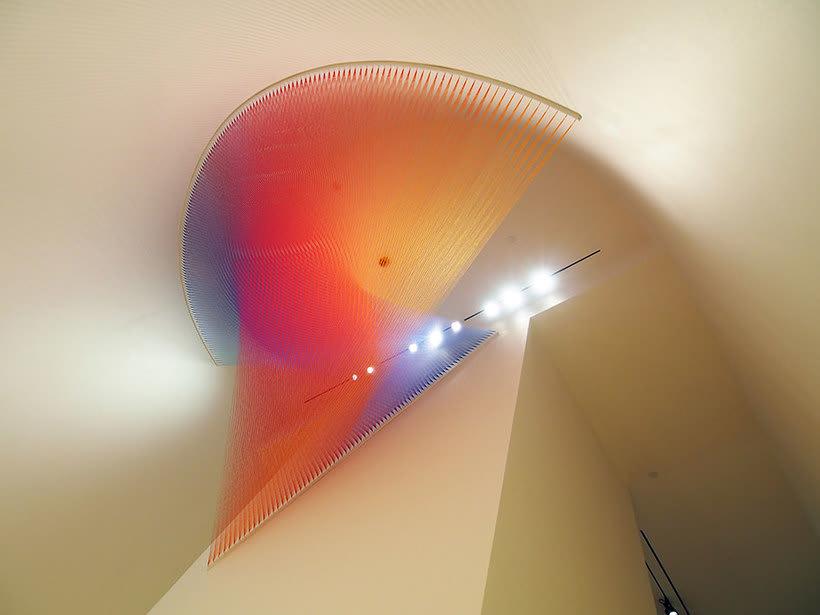 Gabriel Dawe crea arcoíris con hilo y sin agua 5