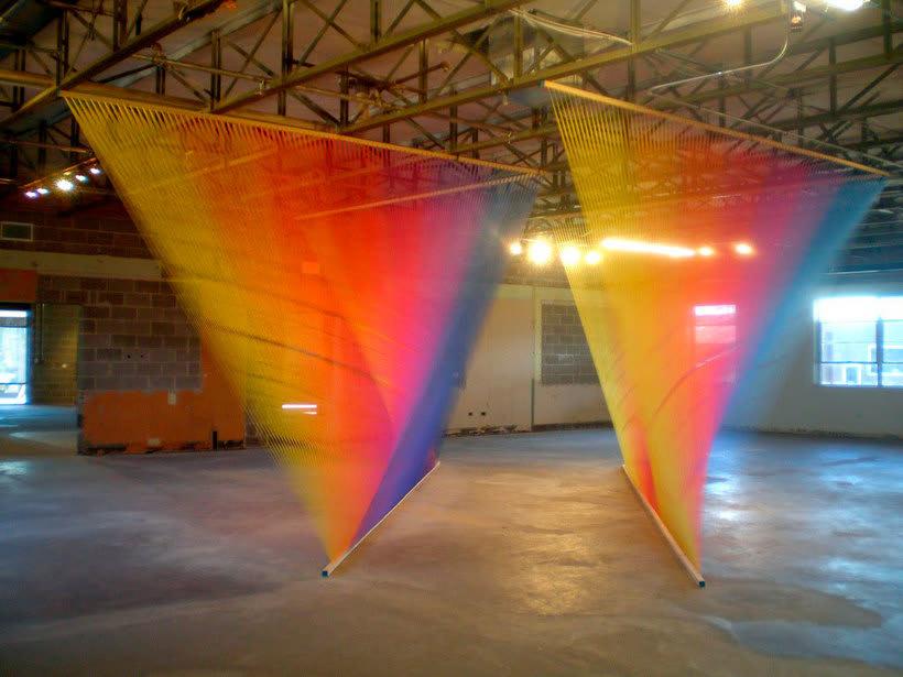 Gabriel Dawe crea arcoíris con hilo y sin agua 10