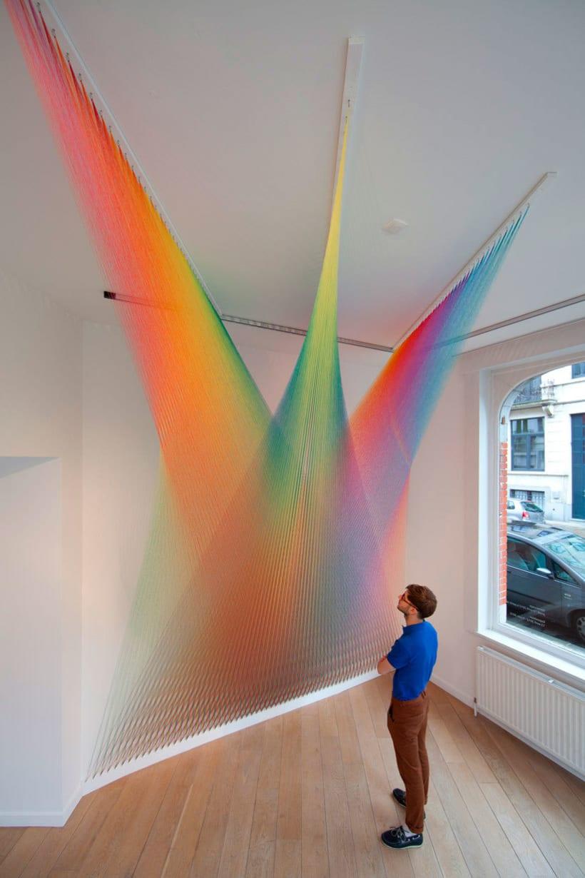 Gabriel Dawe crea arcoíris con hilo y sin agua 12