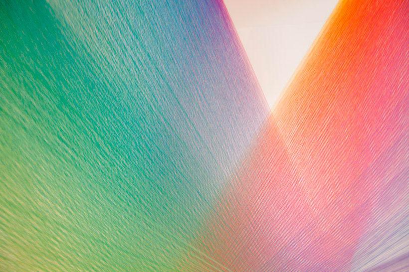 Gabriel Dawe crea arcoíris con hilo y sin agua 14