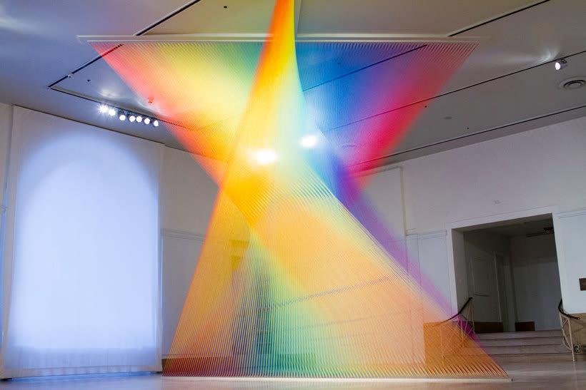Gabriel Dawe crea arcoíris con hilo y sin agua 18