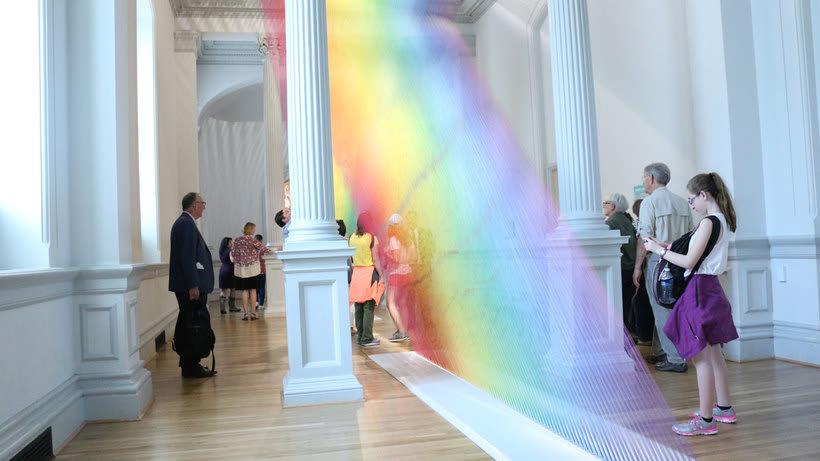 Gabriel Dawe crea arcoíris con hilo y sin agua 22