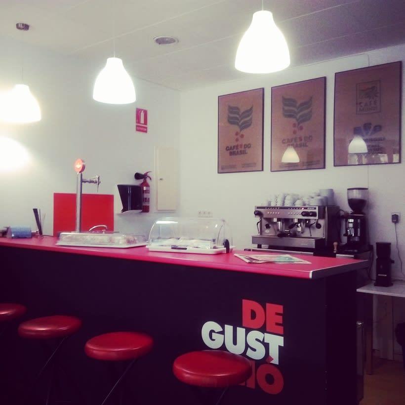 Bar ∫ Cafetería ∫ Degustación 3