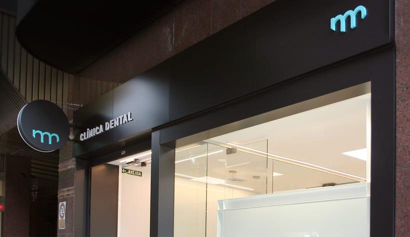Montes Noval - Clínica Dental 11