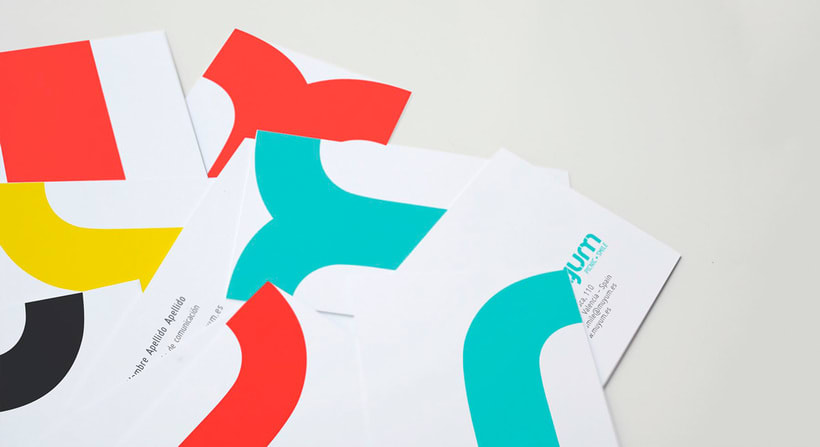 Tatabi Studio, identidad visual heartmade 14