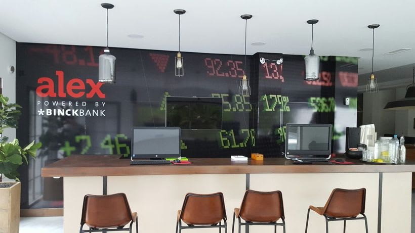 ALEX: Mural impreso sobre Dibond para empresa de gestión bancaria 0