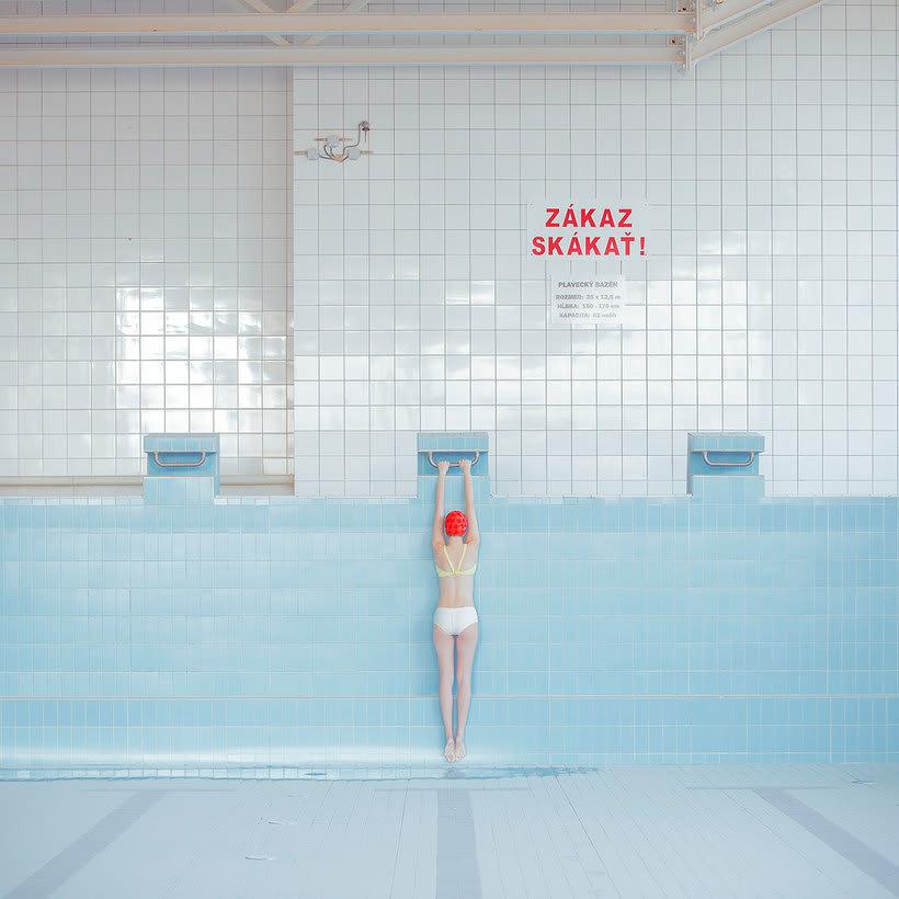 Una oda fotográfica a la soledad, de Maria Svarbova 25