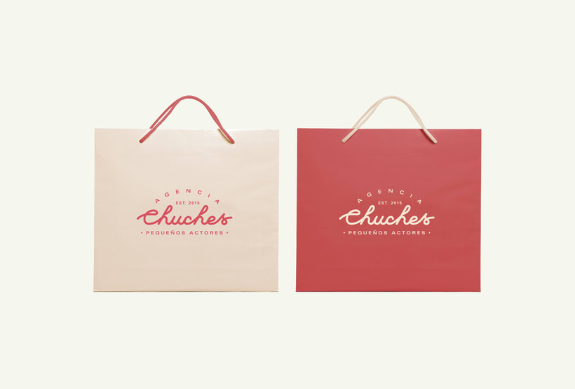 Agencia Chuches - Brand Identity 15