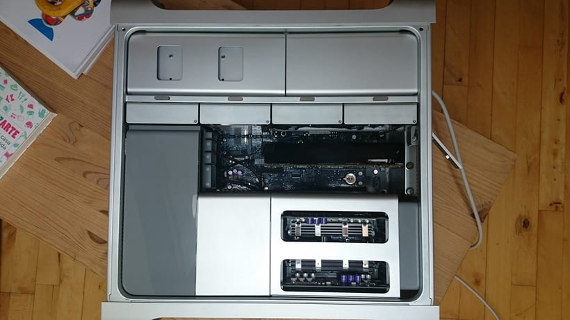 vendo Mac Pro 3,1 2x2.8 Ghz Quad-Core (8 cores) 1