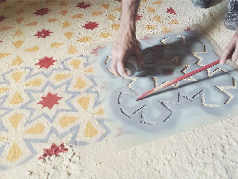 Javier de Riba, un maestro en el arte de pintar suelos hidráulicos 4