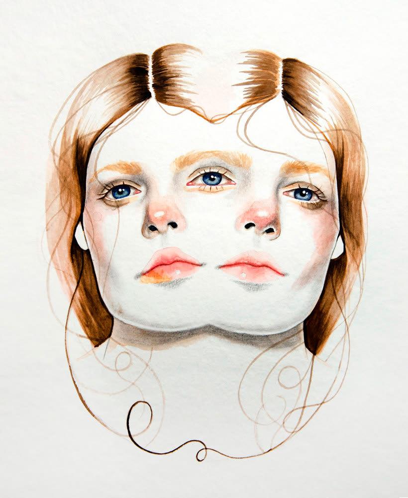 Mónica Loya muestra la belleza más fantasmagórica 16