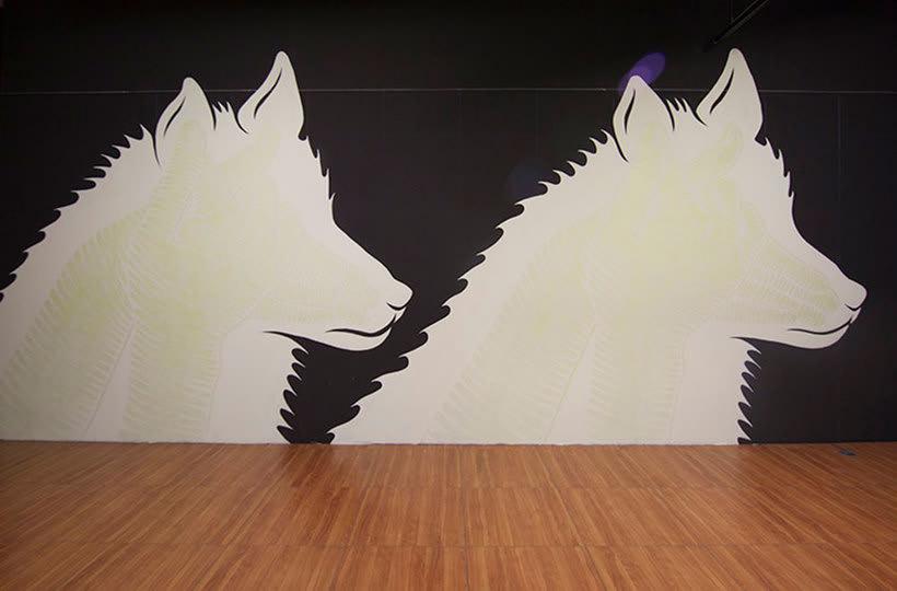 Reskate: cuando el arte urbano brilla en la oscuridad 10