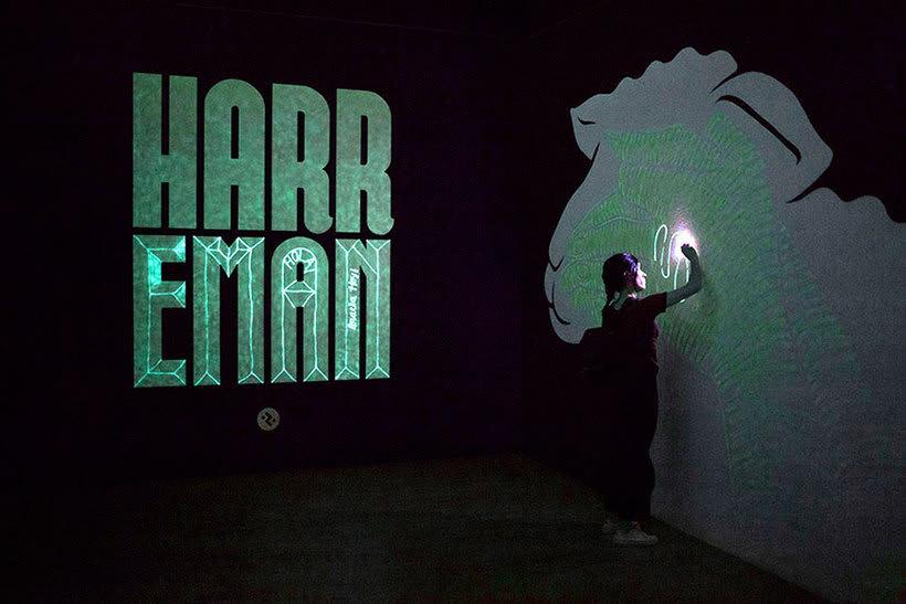 Reskate: cuando el arte urbano brilla en la oscuridad 11