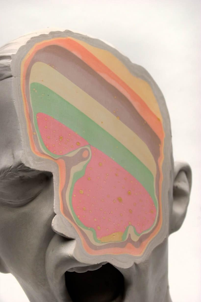 Clasicismo y psicodelia en las esculturas de Christina A. West 2