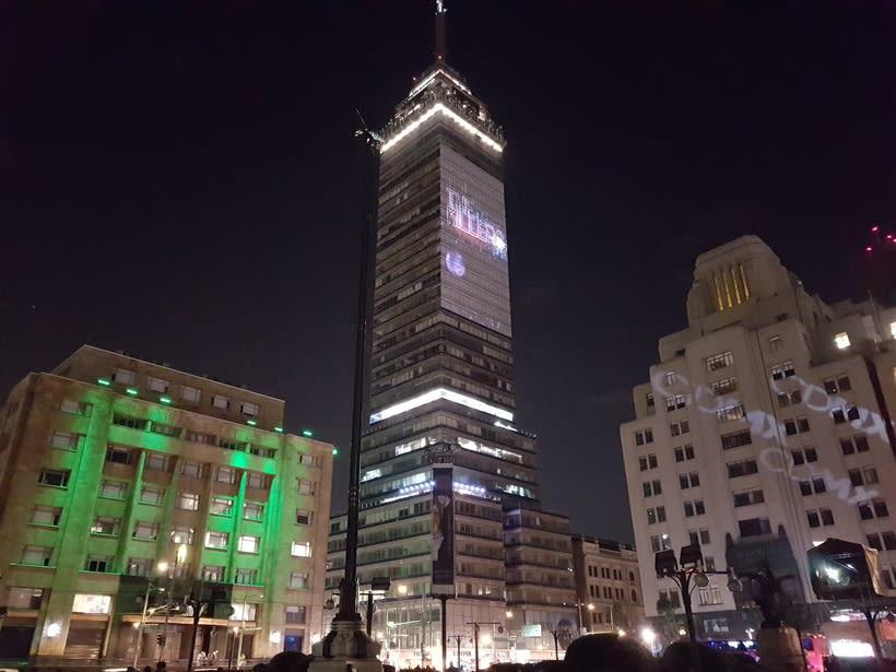 Vídeo mapping billboard Corona Capital 2016 - Torre Latino CDMX 1