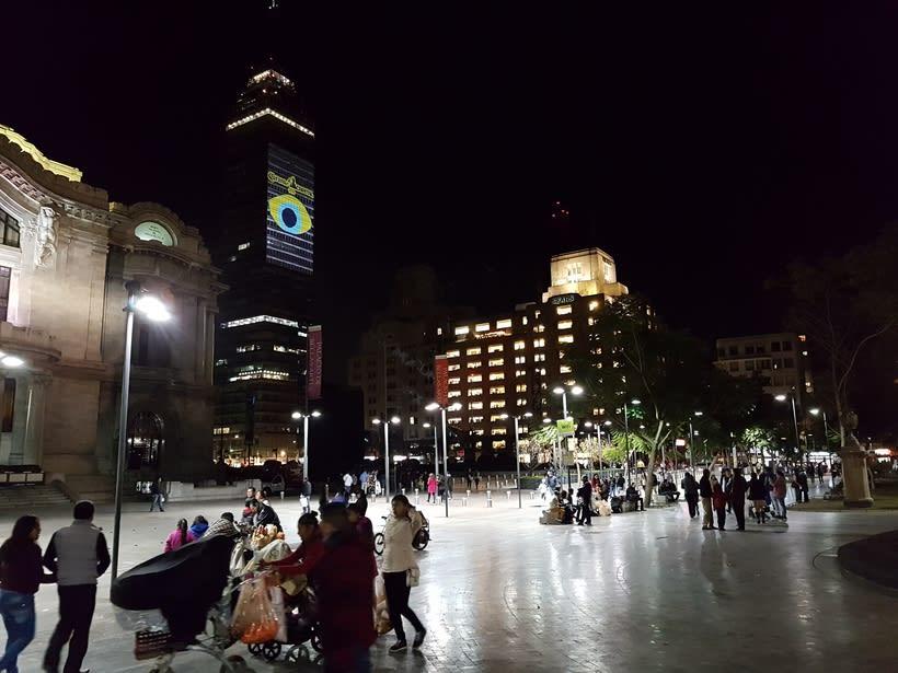 Vídeo mapping billboard Corona Capital 2016 - Torre Latino CDMX 8