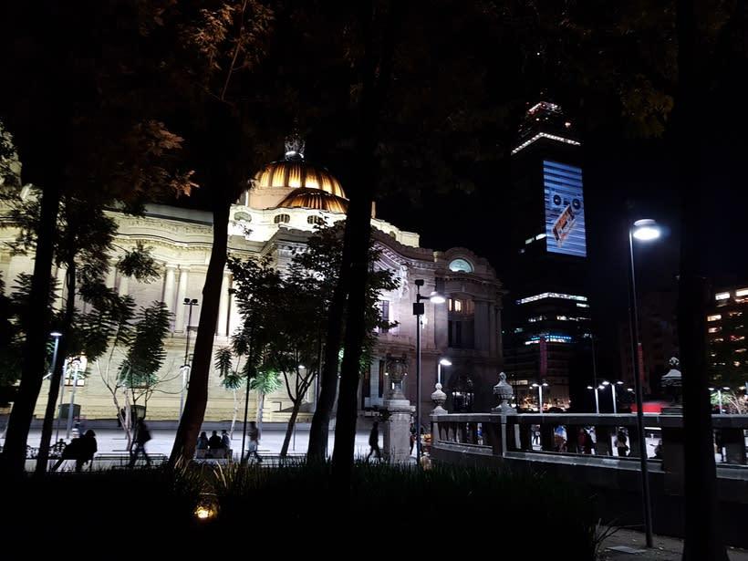 Vídeo mapping billboard Corona Capital 2016 - Torre Latino CDMX 10