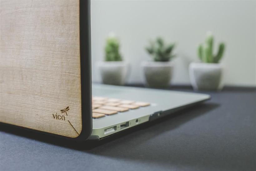 Fundas y teclados de Madera para Macbook 3
