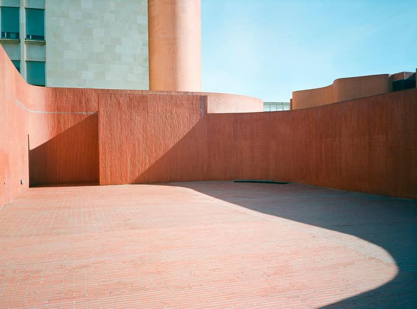 Fred Guillaud: un estudio fotográfico de la arquitectura 11