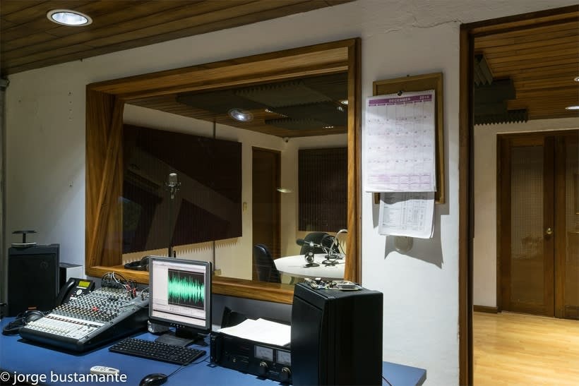 Centro de Producción Grupo Radio Stereo. San Salvador, El Salvador. 4