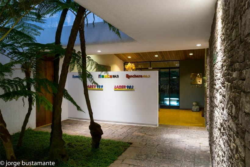 Centro de Producción Grupo Radio Stereo. San Salvador, El Salvador. 8