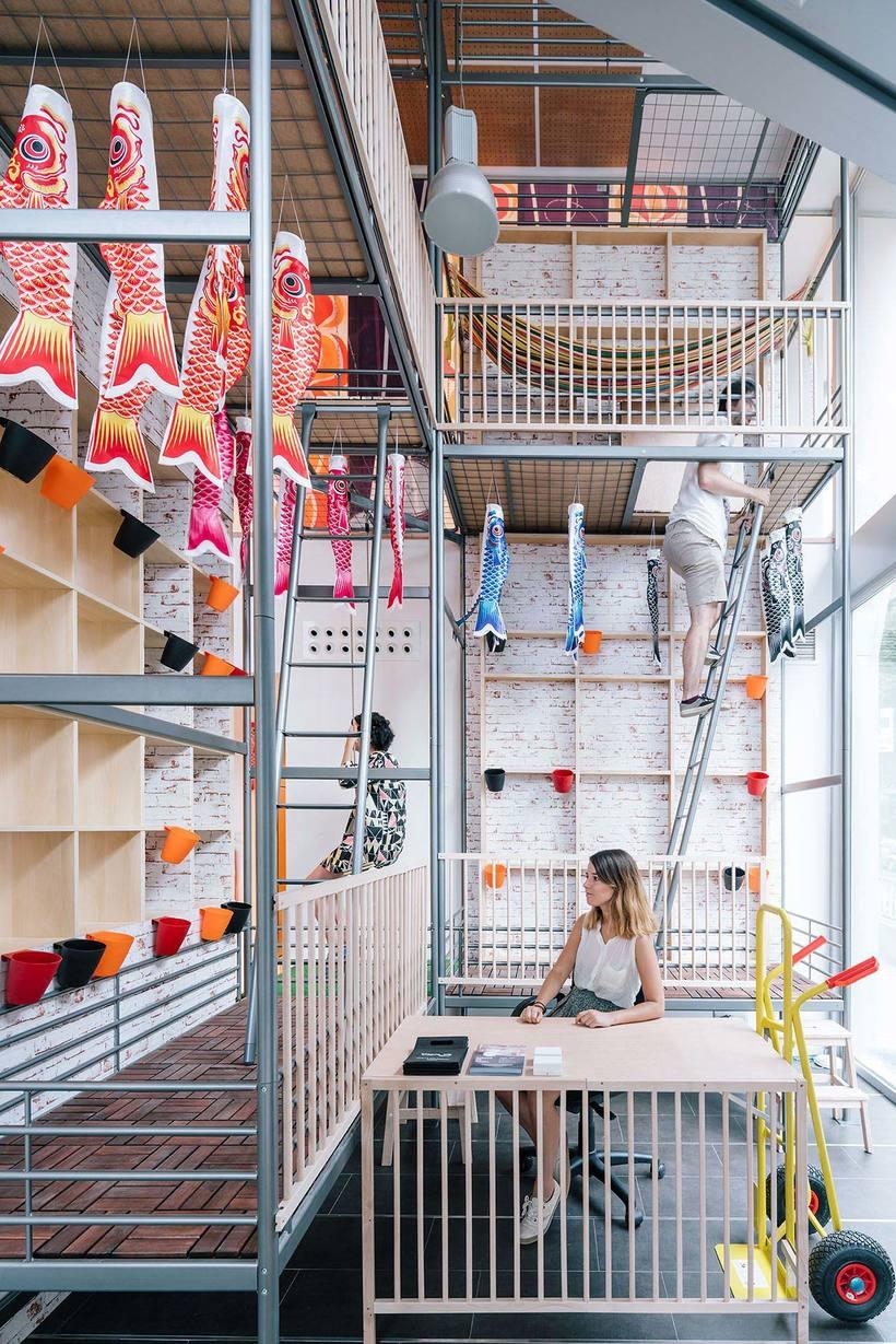 Izaskun Chinchilla diseña un coworking con 'Ikea Hacks' 1