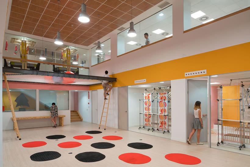 Izaskun Chinchilla diseña un coworking con 'Ikea Hacks' 9