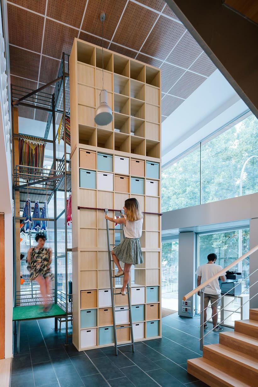 Izaskun Chinchilla diseña un coworking con 'Ikea Hacks ...