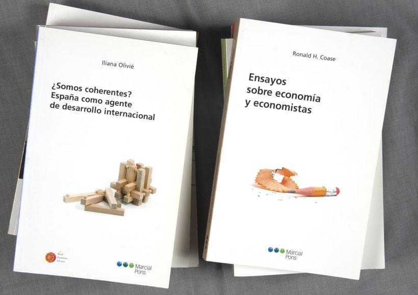 """Diseño de portadas de la """"Colección Economía"""" 0"""