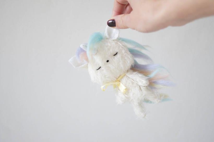 Pocholín Unicornio 4