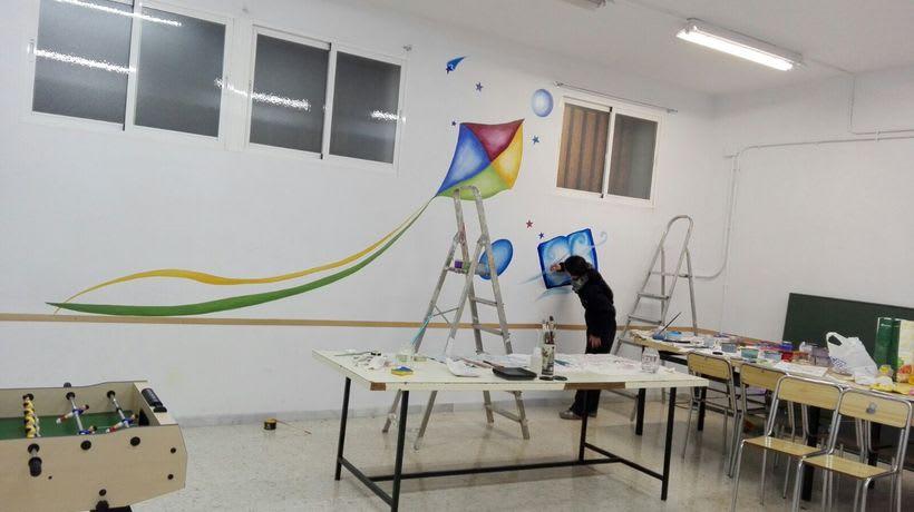 """Pintura Mural """"Proyecto Cometa""""en la """"Parroquia Nuestra Señora de la Paz""""Sala Jóvenes.Granada.2017 3"""