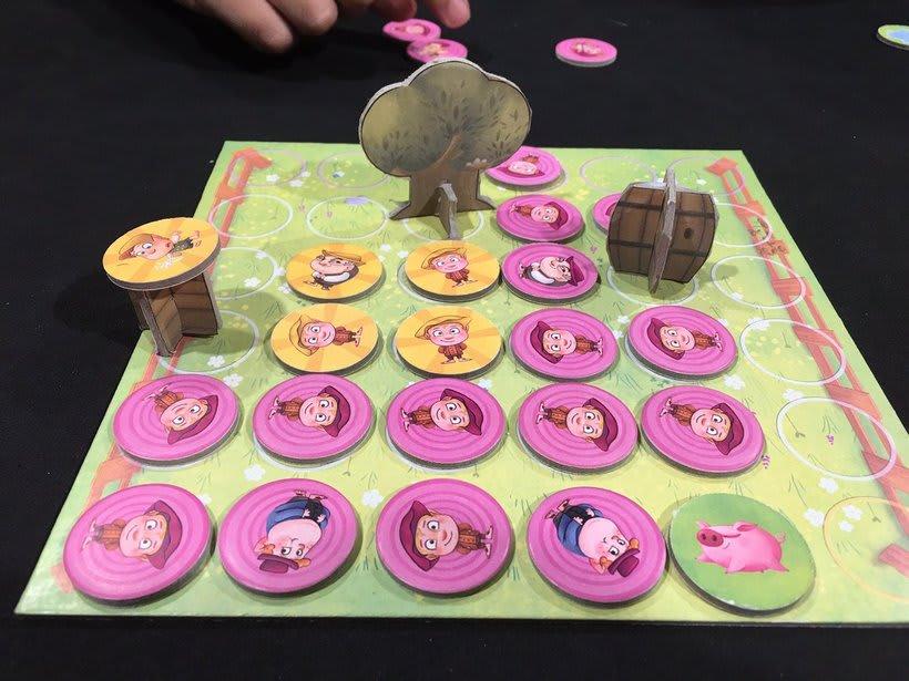 Hatflings (board game) 1