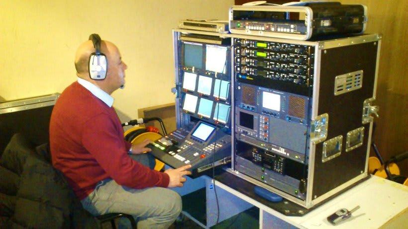Realizador Audiovisual Experiencia Broadcast mirameaudiovisual@gmail.com                                                                                                                           +034 667 922 671  8