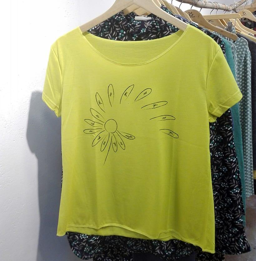 Singular T-shirts 3