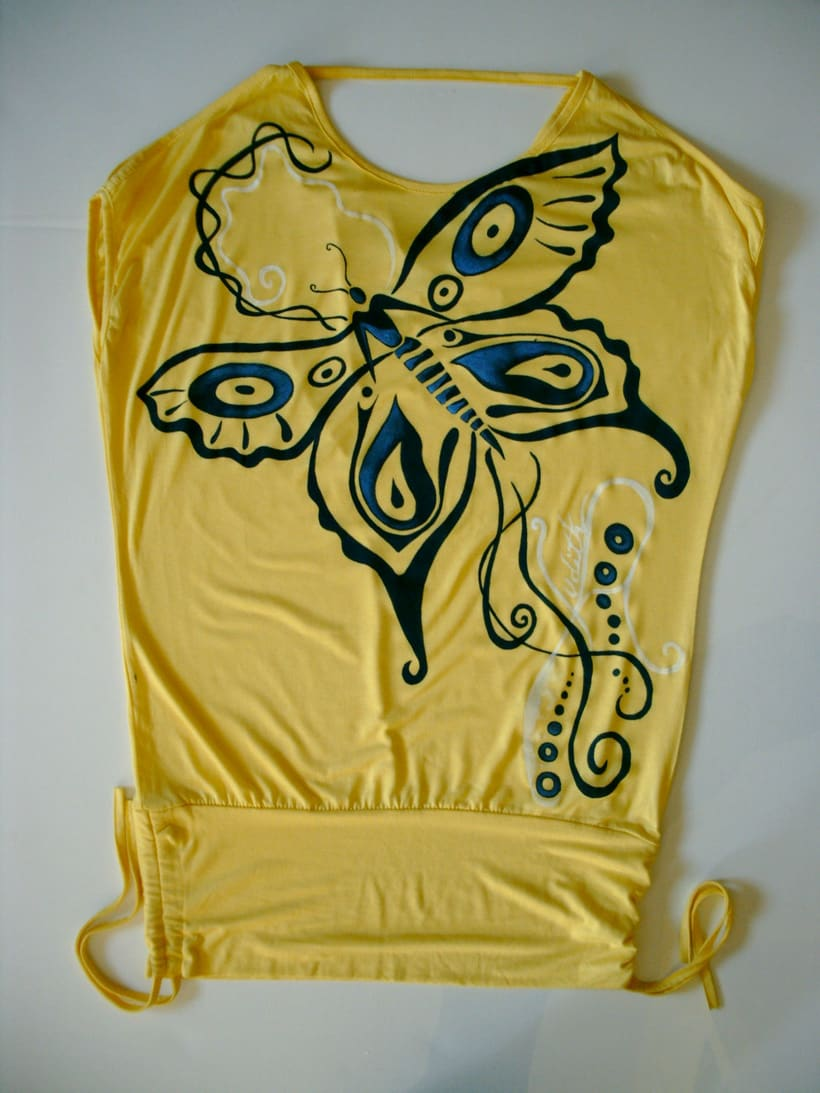 Camisetas Pintadas a mano de Mujer y de hombre 10