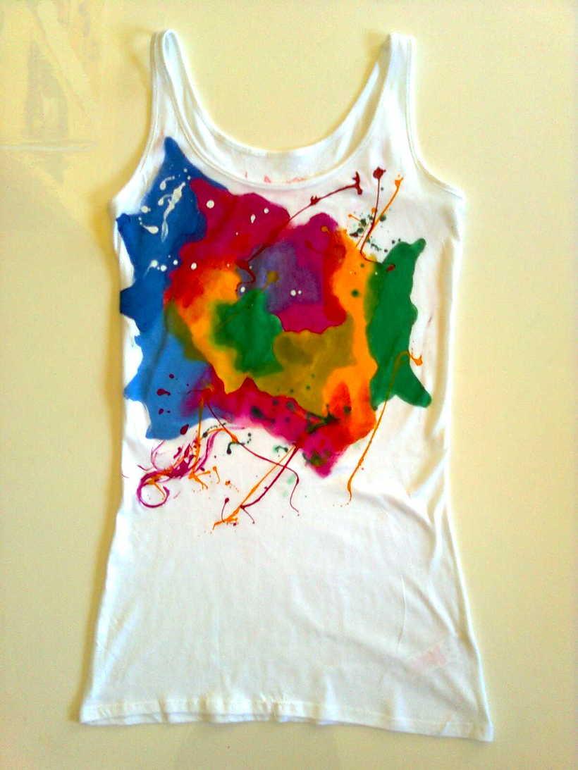 Camisetas Pintadas a mano de Mujer y de hombre 20