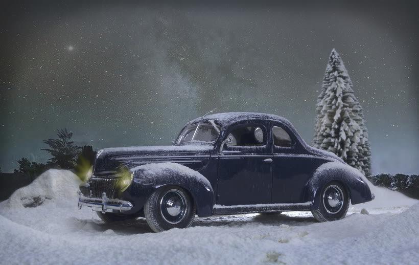 Proyecto: Fotografía creativa en estudio con Ford Deluxe 1939 escala 1/18 -1