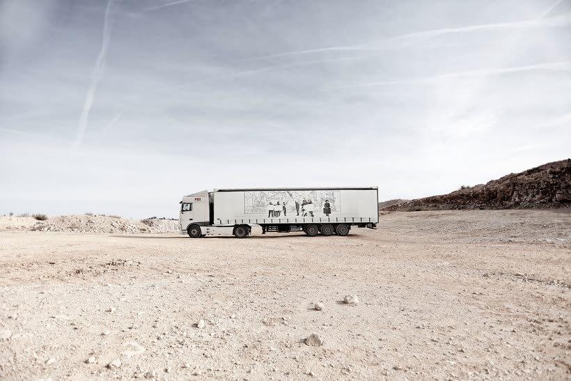 Arte itinerante a lomos de un camión de mercancías 11