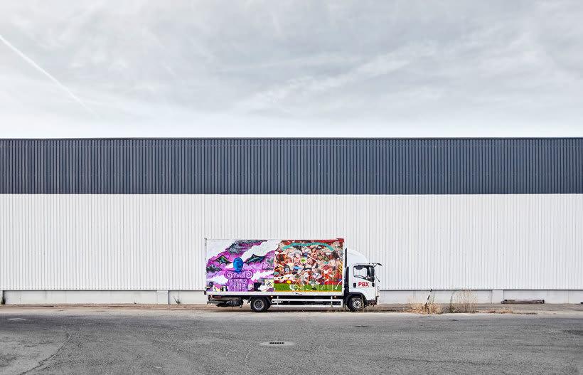 Arte itinerante a lomos de un camión de mercancías 14